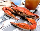 """如果能正确地作出一顿""""蟹""""餐,人们就能收获一种令人愉悦的完美体验。然而,如果烹饪流程不正确的话,会发生什么事情呢?其实,最糟的结果可能就是煮出来的蟹都变得黏糊了。一满锅的蒸蟹往往能给人很好…"""