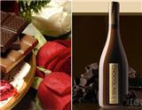 香甜的巧克力总弥散着浪漫与甜蜜的情愫,当它与微醺的葡萄酒邂逅时,又能擦出怎样激情的火花呢?