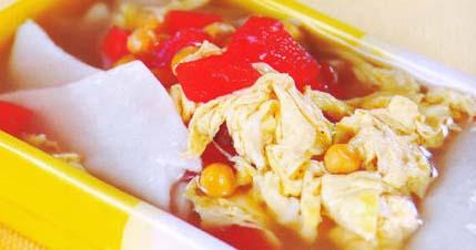 <br />  <br />     鸡汤面片<br />     材料:鸡汤400毫升、面团1小块、西红柿1个、蛋1个、豌豆1大勺<br />     调料:鸡精、盐各适量<br />     做法:<br />     1.将西红柿切块;蛋打散;面团擀成薄片,切成2指宽