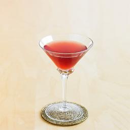 法式热吻(french kiss)是一杯非常可口鸡尾酒,之所以它成为各种庆典仪式和婚宴上的宠儿,是因为他色泽红润、明亮,充满喜庆色彩而不失庄重。小提示:可以用桃味力娇酒来代替杏仁力娇酒                冰块4-6块波本威士忌2盎司杏仁力娇酒1盎司石榴糖浆2茶匙柠檬汁1茶匙1把冰块放入雪克壶2倒入威士忌、杏仁力娇酒、石榴糖浆、柠檬汁3摇晃均匀4把调制好的鸡尾酒滤入冰镇的酒杯中5尽享美味吧!转载请注明:有颜色 » 法式热吻