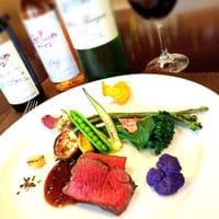 """来到北海道是否餐餐寿司、生鱼片已吃腻? 抹茶要推荐一家位于北海道富良野的法国菜餐厅""""A la Campagne 富良野"""",广受当地人及饕客爱戴的法国餐厅。"""