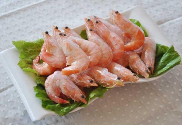 虾不能和什么一起吃?